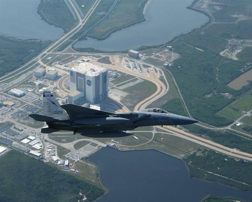 F15 מעל נאס